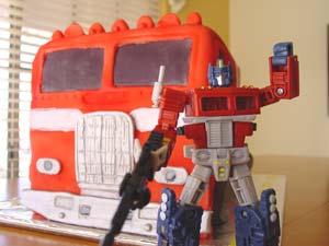 Pastel Optimus Prime